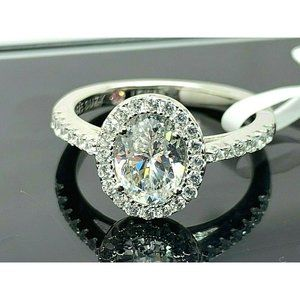 Suzy Levian Sterling Engagement Ring Size 7
